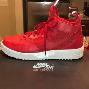 huge selection of b217b 05a9c Men s Nike Air Force 1 UltraForce Mid Size 13 Red